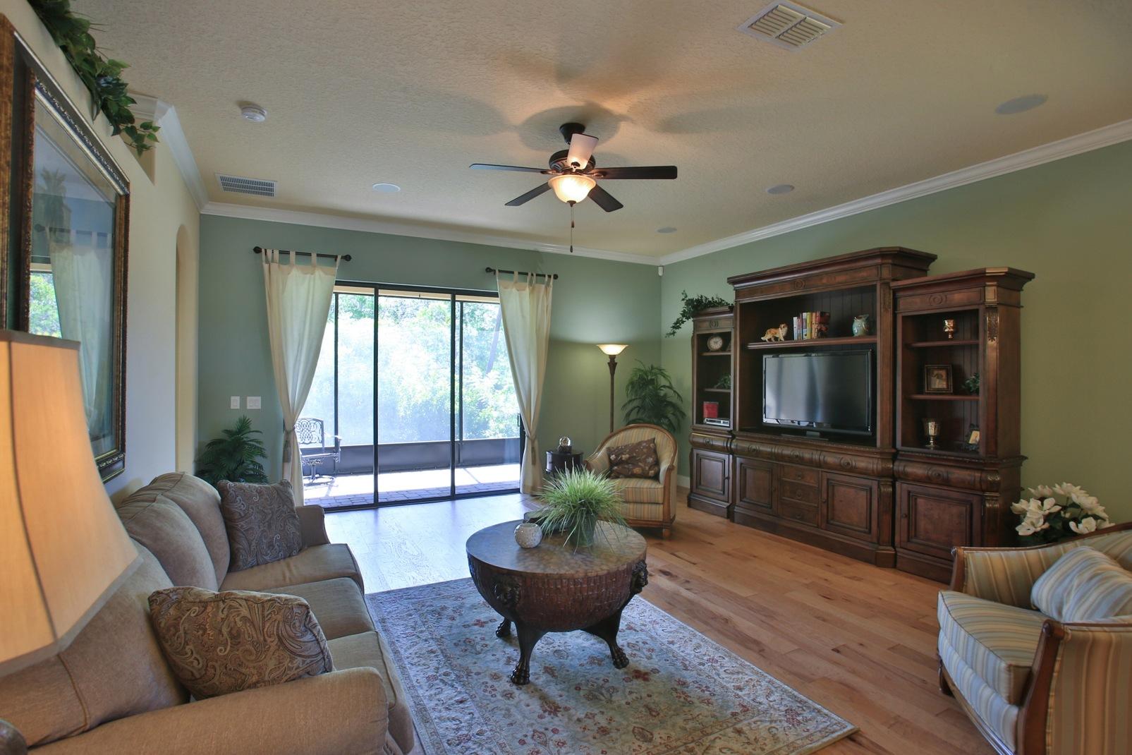 5 Ways To Make Your Custom House A Home